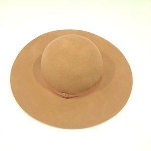 Brand NEW Floppy Fall Hat